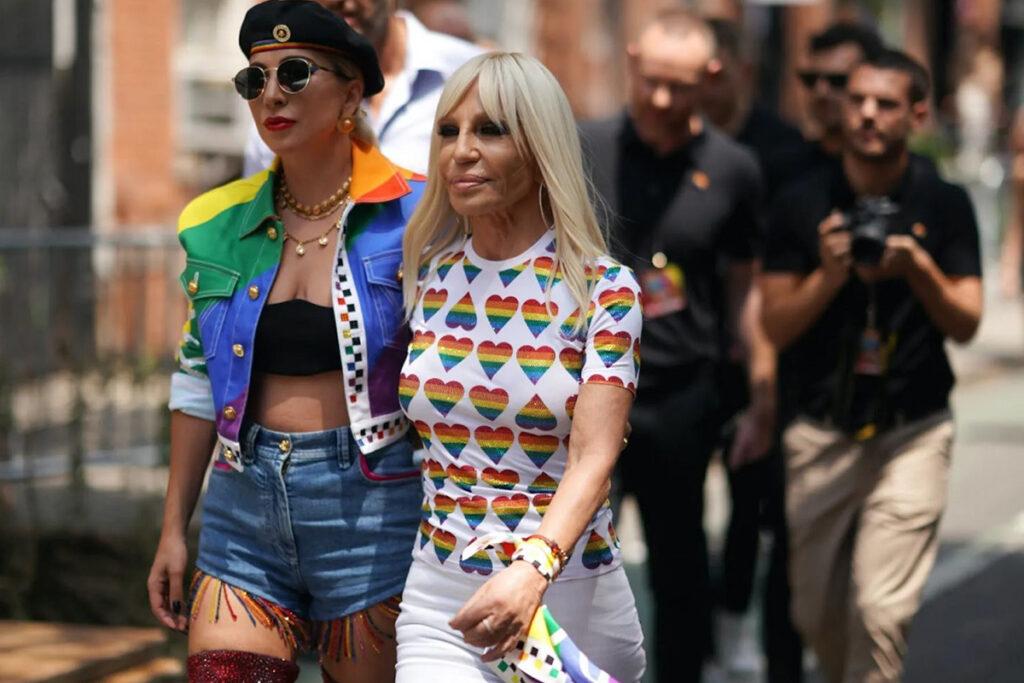Versace e Lady Gaga - neomag.