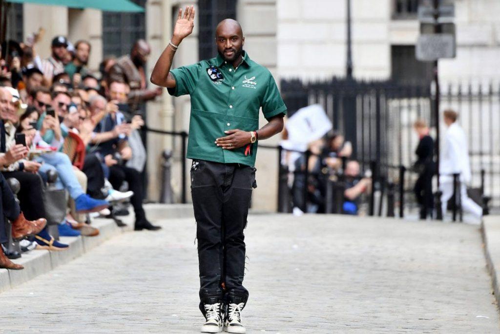 inviti alla sfilata di Louis Vuitton - neomag.