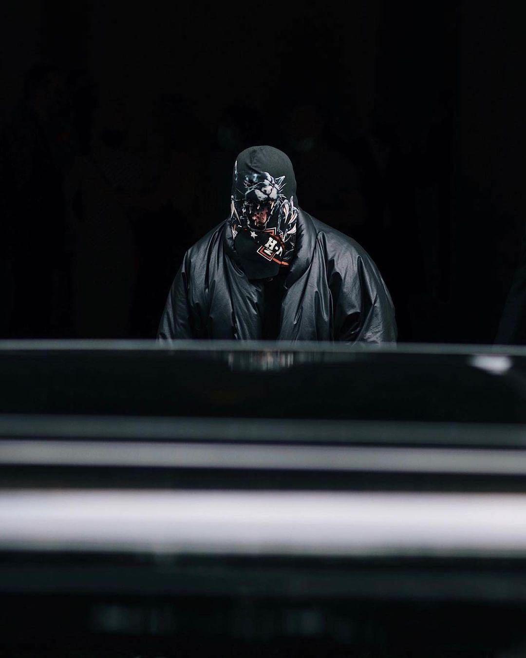 Kanye West passamontagna - neomag.