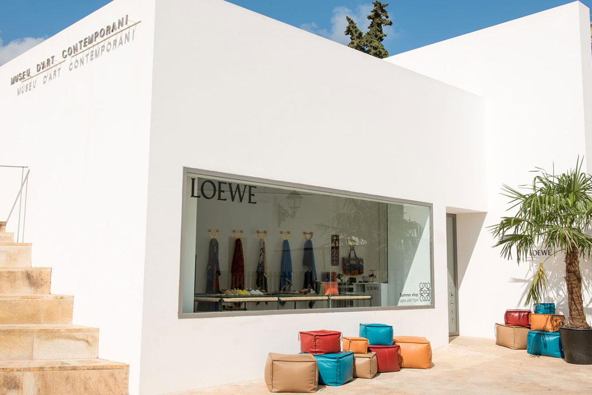 Loewe a Porto Cervo - neomag.
