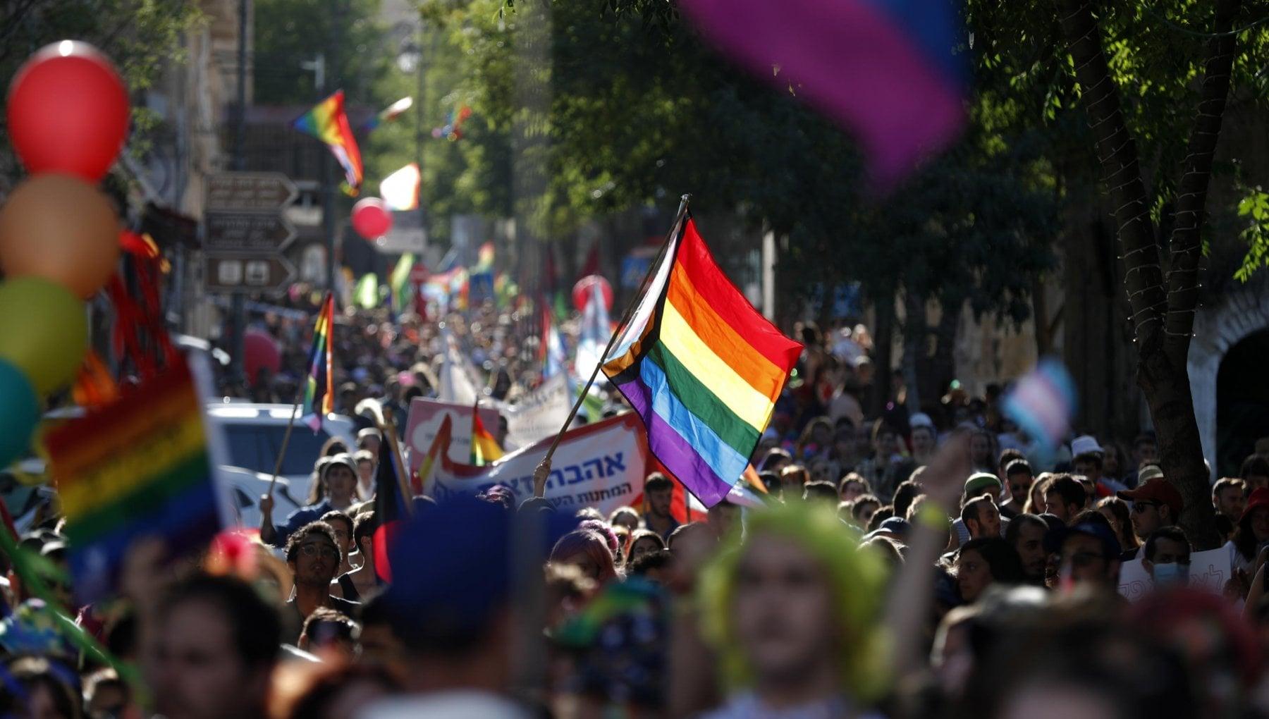 Pride napoli 2021 - neomag.