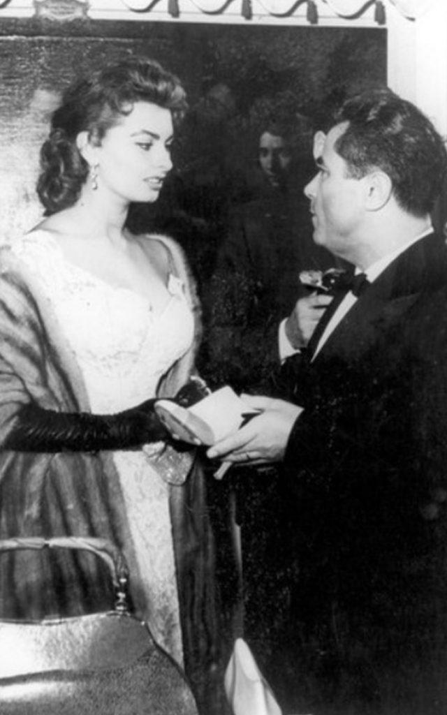 Sofia Loren e Ferragamo - neomag.