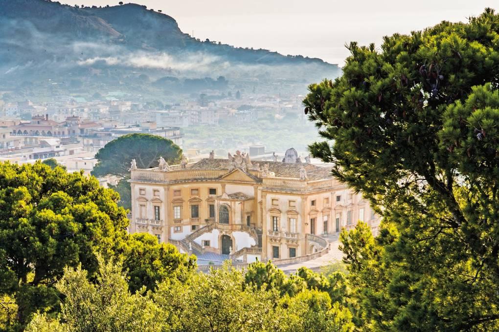 Villa Valguarnera - neomag.