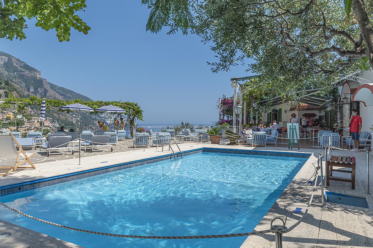 piscina Poseidon - Neomag.