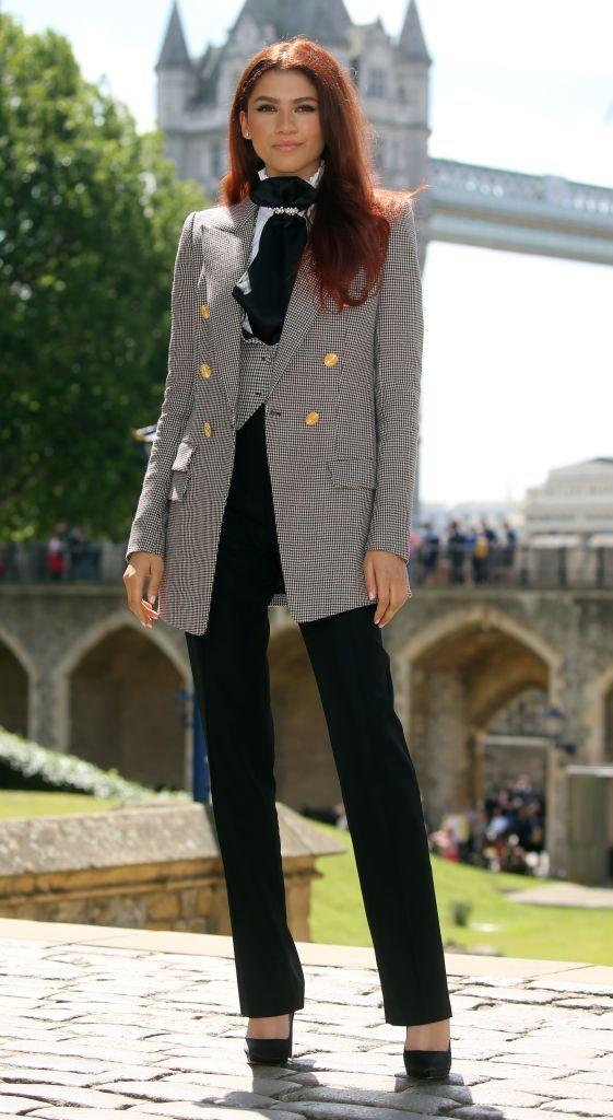 Zendaya Outfit - Neomag.