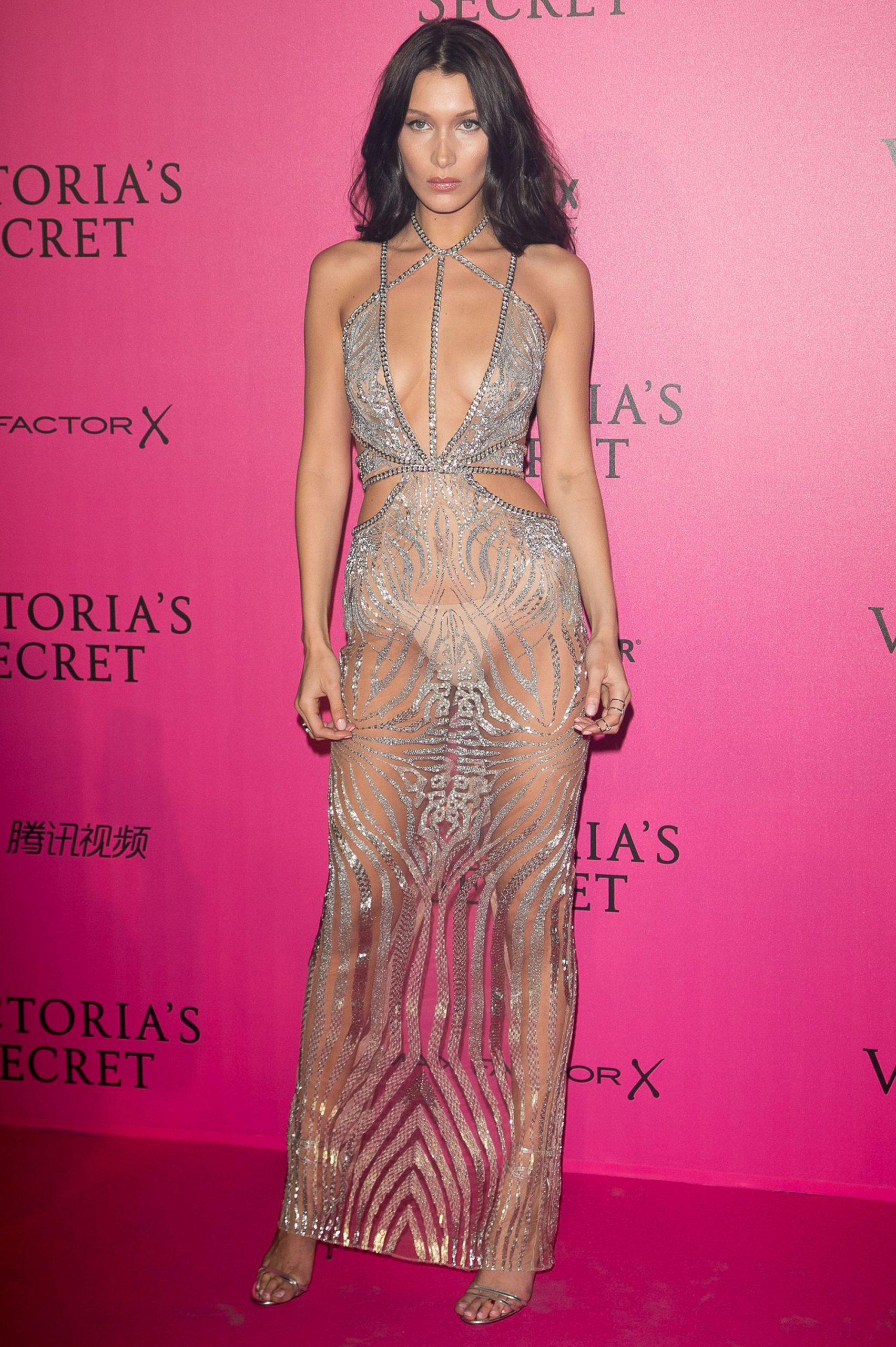 Bella Hadid naked dress - Neomag.
