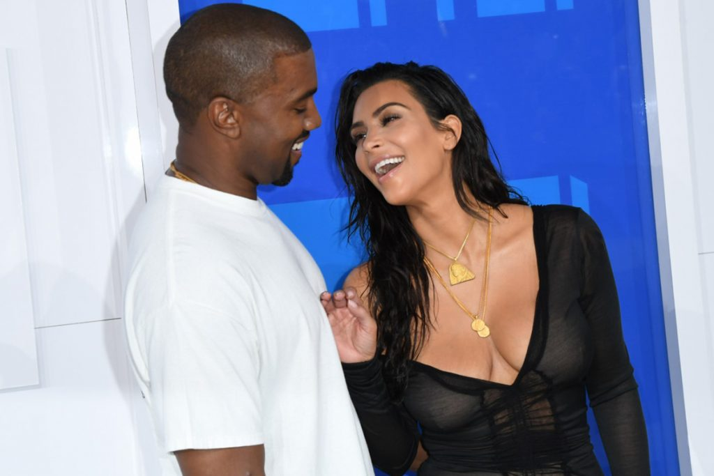 Kanye West e Kim Kardashian - Neomag.