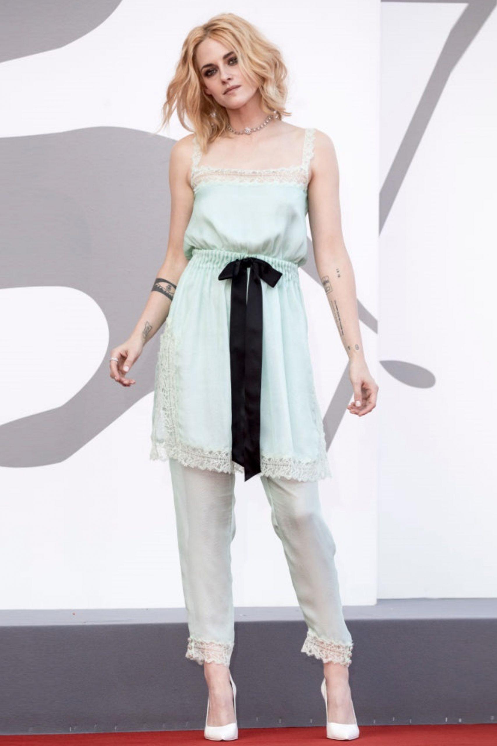 Kirsten Stewart in Chanel al Festival di Venezia - Neomag.